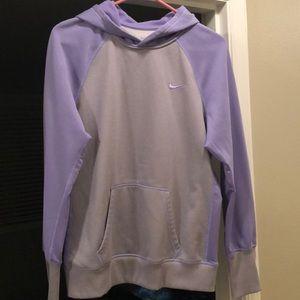 Nike women's therma fit lilac sweatshirt